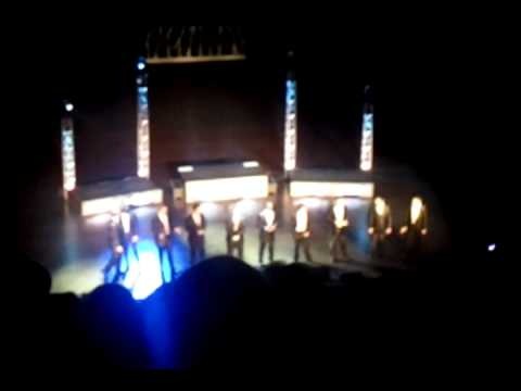 Straight No Chaser - 12 Days of Christmas/Africa - YouTube
