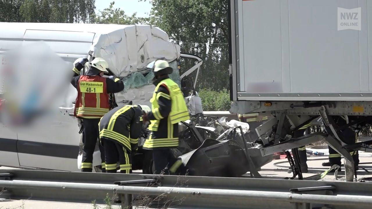 Sprinterfahrer stirbt bei Unfall auf A1