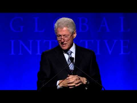 President Clinton Welcomes Students to the 2013 CGI University Meeting