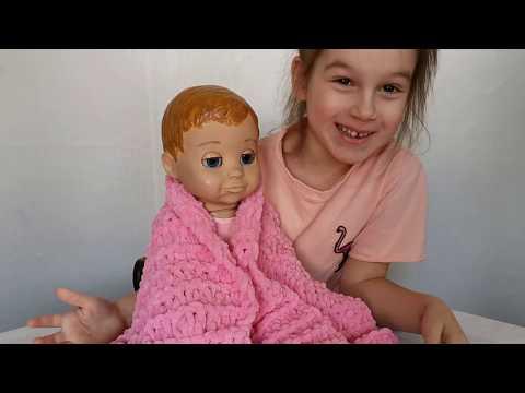 Ребенок в 5 лет вяжет нитками Пуффи ( Alize Puffy ) / A Child At 5 Years Old Knits Puffy