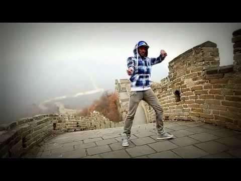 Hip Hop Танцор Отжигает