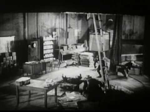 Buzzsaw peril scene from an horror movie   Doovi