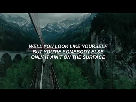 Flora Cash - You're Somebody Else - Lyrics