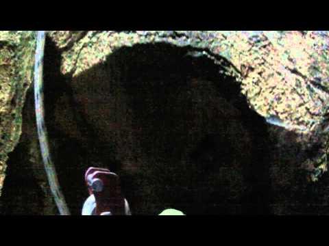 Visite de la grotte de Ichkeul