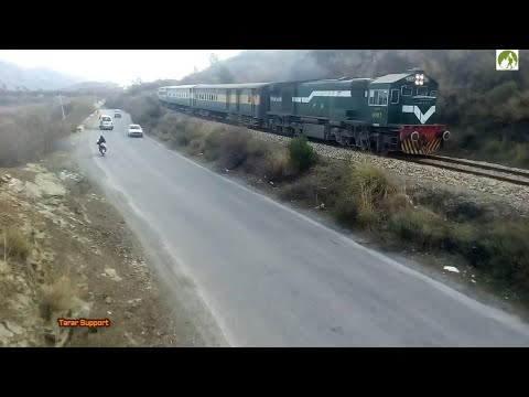 Traveling Peshawar to Rawalpindi by Pakistan Railways Train journey 2018