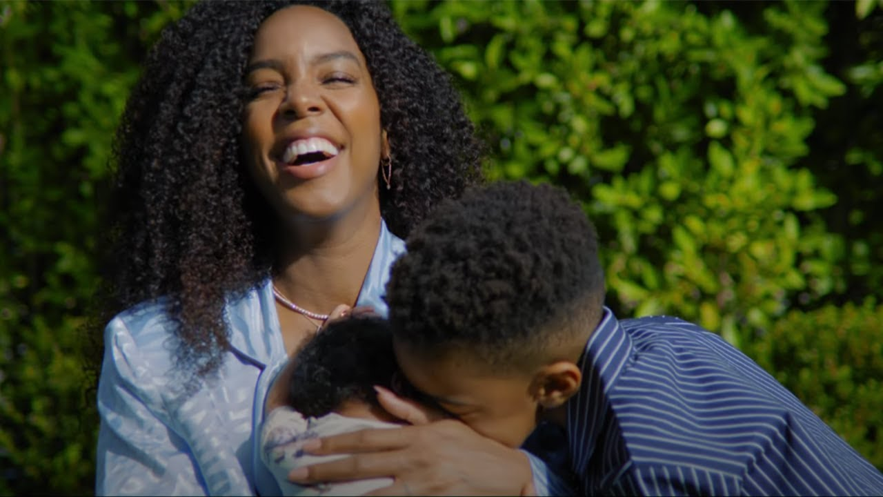 "NEW VIDEO ALERT: Kelly Rowland ""Black Magic"""