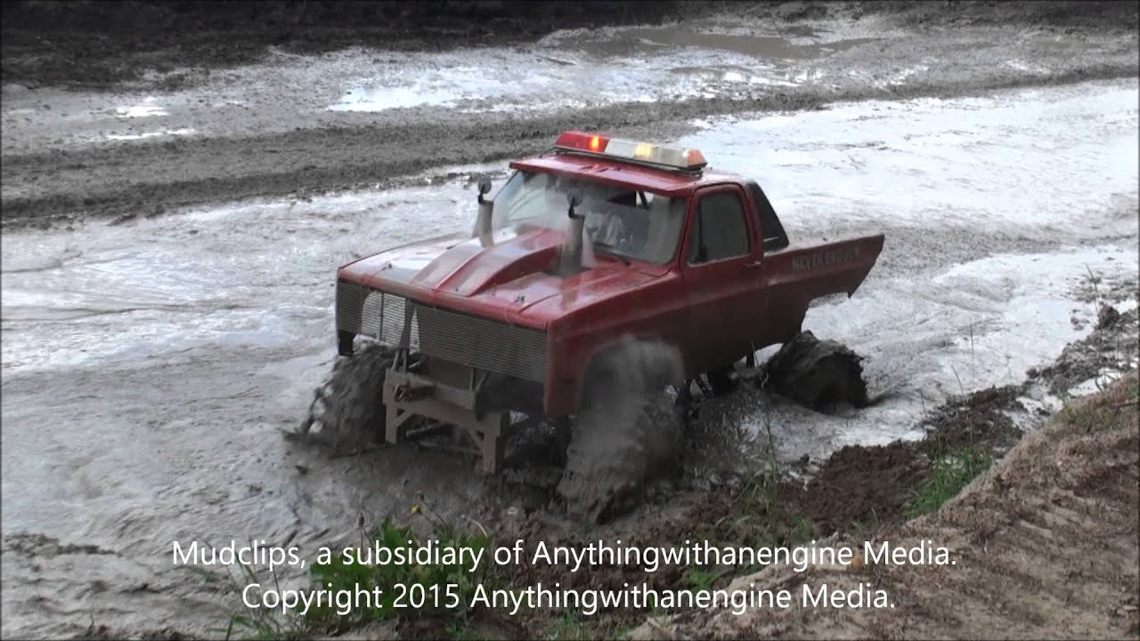 02 Big Red Chevy Square Body Flies Through The Mud At Orleans