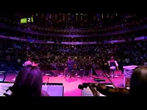 Noel Gallagher - Wonderwall Teenage Cancer Trust 2010