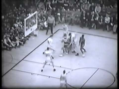 1955 Elite 8 SF Dons v Oregon State feat. Bill Russell