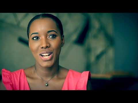 Consultations. Hymne et Drapeau pour la Martinique
