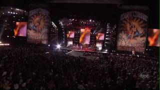 Kenny Chesney -Young - [LIVE] - High Definition