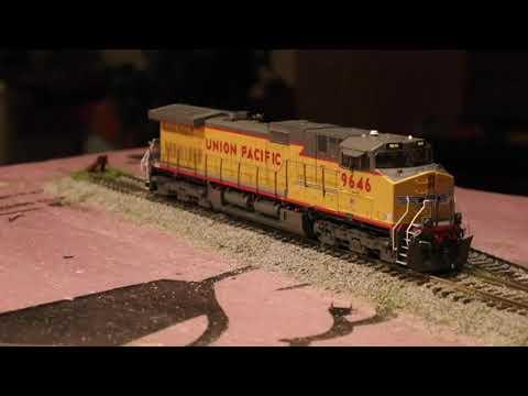 Scaletrains Com Dash 9 Locomotive