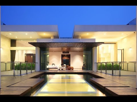 Luxury Garden House In Jakarta
