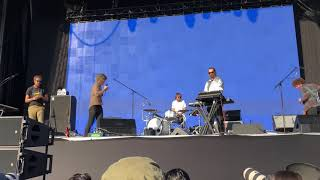 Pond - sweep me off my feet - Corona capital 2018