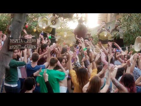 Txarango – Una lluna a l'aigua (Videoclip Oficial)