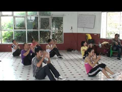 aerobic Đội kèn tý hon