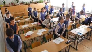 фізкультхвилинка на уроці 4 В класу CШ 1 м  Луганська