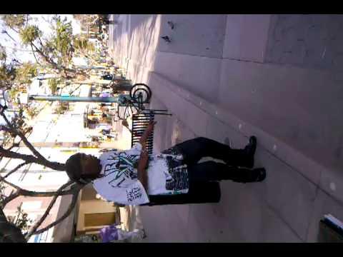 Street Opera Singer in Santa Monica