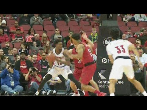 Louisville Holds Red-White Scrimmage