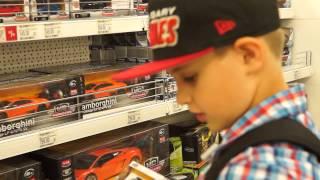 видео Выбираем игрушки для мальчиков