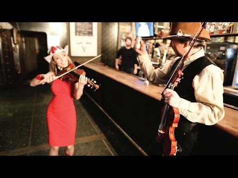 Fiddlin' Around - Mark & Maggie O'Connor (Official Video)