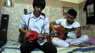 ukulele hòa tấu cùng guitar