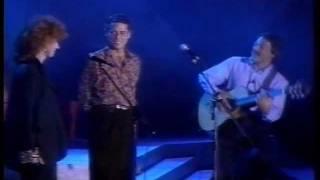"""Chico Buarque, Toquinho & Fiorella Mannoia - """"O Que Será (À Flor Da Pele)"""""""