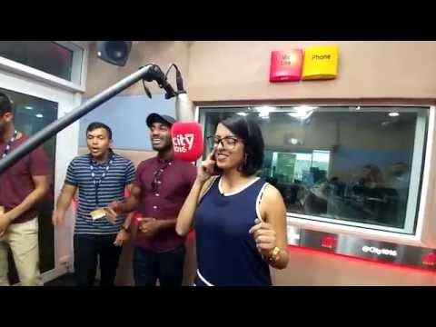 #WeLoveRadio Malavika sings with Penn Masala