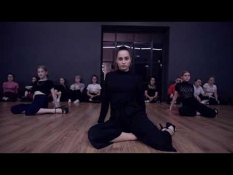 SABRINA CLAUDIO-TAKE ONE TO THE HEAD  CHOREO MARY SMIRNOVA