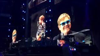 Ed Sheeran & Elton John - Afire Love (Wembley 2015)