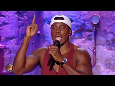 Jean-Claude Muaka dans le Jamel Comedy Club