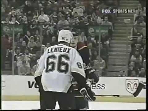 Mario Lemieux vs Brad Ference