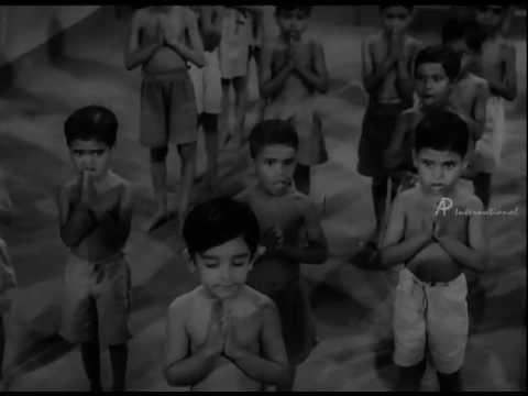 Kalathur Kannama - Ammavum Neeye Song