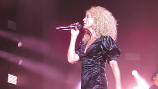 """Little Big Town """"Front Porch Thing"""" Live at Hard Rock Hotel & Casino"""