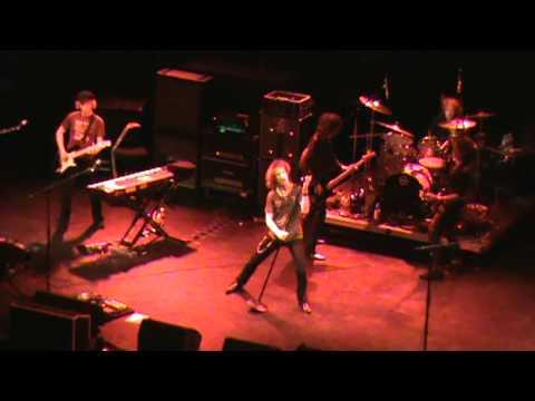 joe perry's david hull bass solo house of blues 11...