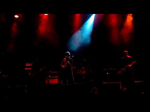 Chelsea Wolfe - Static Hum , new Song (Live in Athens 2017)