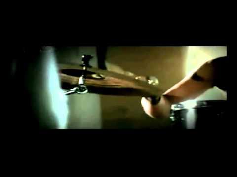 7uliette Cari Drummer Baru