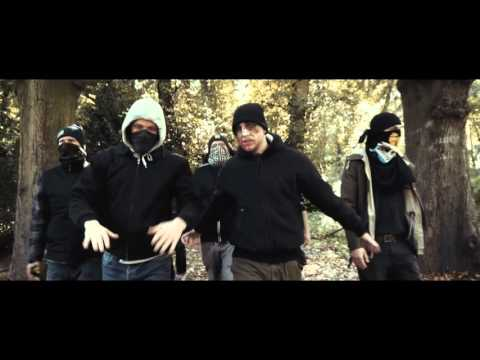 Waving the Guns - Armutszeugnis (feat. Pöbel MC) [Official Video]