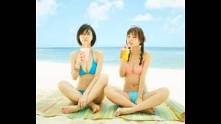 女優の逢沢りなと内田理央が、専属モデルを務める女性ファッション誌「M...
