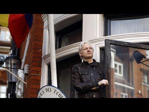 Download Ecuador revoca la ciudadanía a Julian Assange, preso en Reino Unido