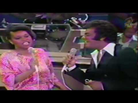 Johnny Mathis & Deniece Williams - Too Much, Too Little, Too Late