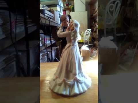 The Wedding Music Box with Bride & Groom Figurines