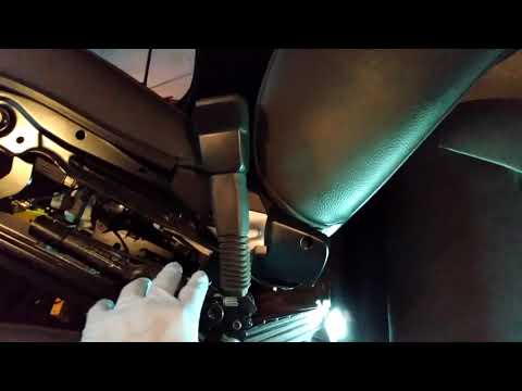 Replace Seat Belt Tensioner On The 2010 BMW 328xi (E90)