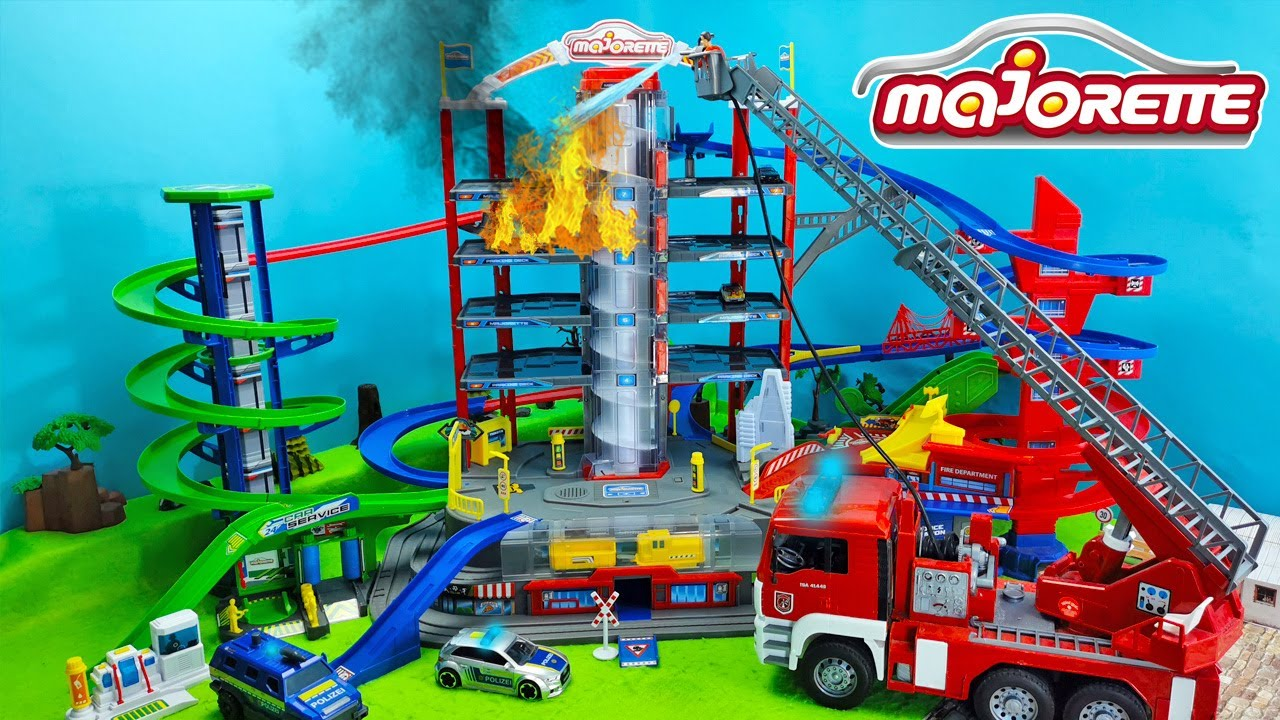Hot Wheels Action mit der Majorette Super City Garage | Fire Truck & Police Toys