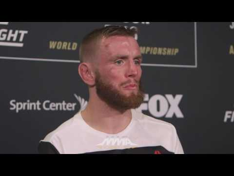 UFC on FOX 24: Tim Elliot Felt Like He Was 'Fighting in Quicksand' Against Louis Smolka