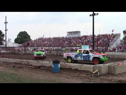 Dodge County Beaver Dam Wi Demo Derby 08/19/2018 Event 2 Fullsize truck heat