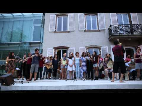 Concert Papyros'N Balsika Association Ballade au Lieu d'Europe 27/08/2015 Video 3/18 POUSSIN