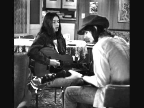 Gram Parsons - How Did You Meet Emmylou Harris (Interview)