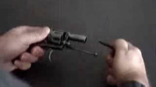 320 Bulldog. Revolver