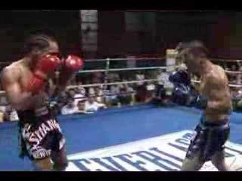 Chris Tran vs Jay Matias Muay Thai Amateur Fight